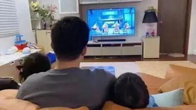 生活总是起起落落落落落,所以下了班就该「玩」电视
