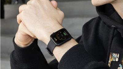 出门问问首款方形智能手表,支持体温、血氧、心率、呼吸率 24 小时自动监测