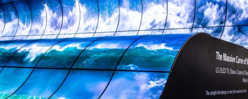 卷轴屏、透明屏、旋转屏,大秀屏幕和显示技术的电视和手机厂商们 | CES 2021 集锦