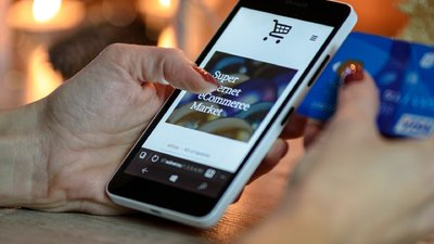 中国手机销售三成来自电商,零售额将略低于 2020 年