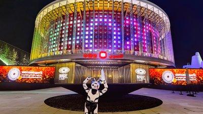 用 AI 点亮「华夏之光」优必选机器人正式亮相迪拜世博会中国馆