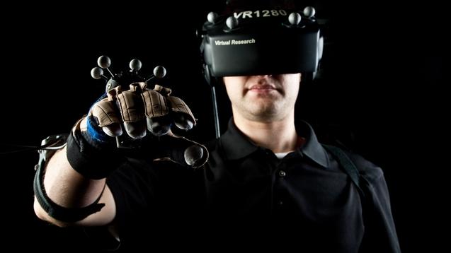 湾+ 新品每日早报:Oculus 发布消费者版头盔,兼容 Xbox  2D 游戏