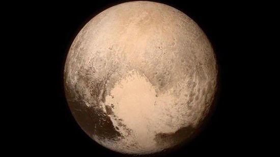 湾+ 新品每日早报:高清无码的冥王星图片来咯!
