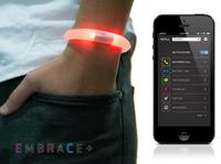 EMBRACE+ 智能 LED 手环