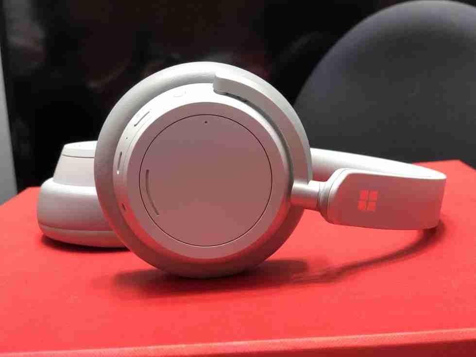 microsoft-surface-headphones-27
