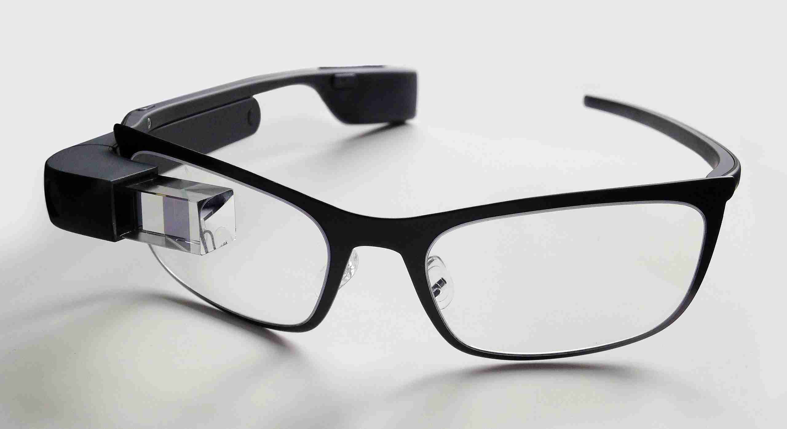 2560px-Google_Glass_with_frame