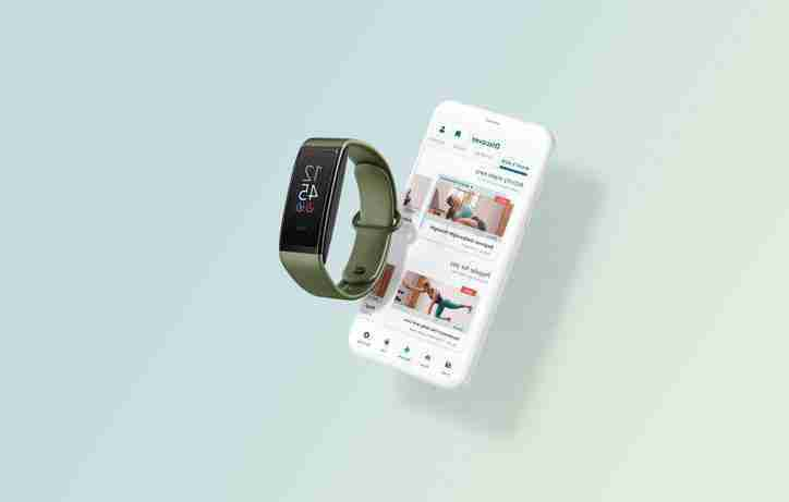 halo-view-amazon-s-new-80-fitness-tracker-eliminates-the-snazzy-mic-and-adds-a-color-screen-to-the