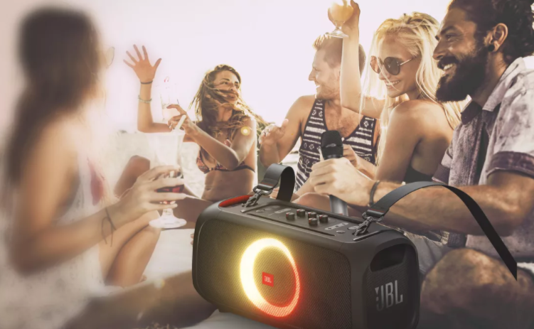 6_3-JBL PartyBox On-The-Go