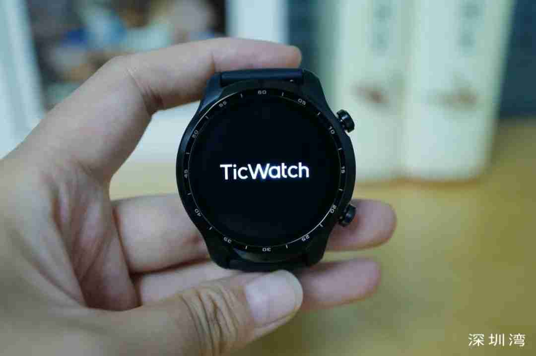 TicWatch Pro 3 正面