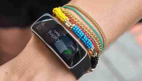 16-2014_Samsung Gear Fit